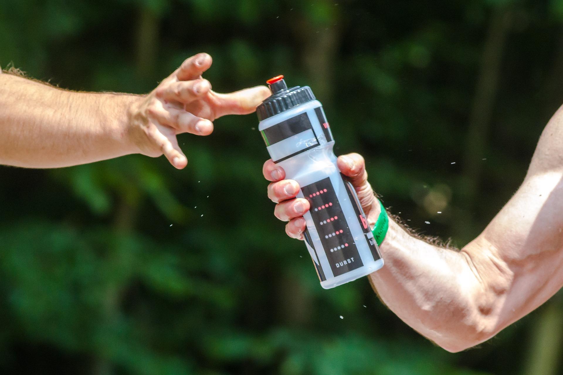Poate apa imbogațita cu oxigen ajuta recuperarea mușchilor după antrenament