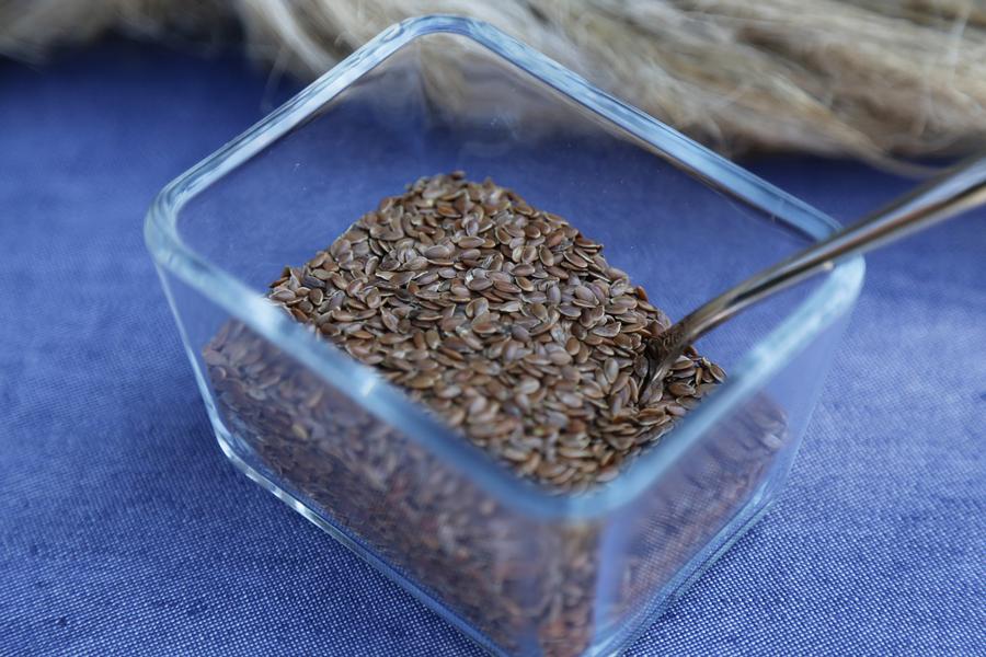 Beneficiile seminței de in pentru curățarea colonului în mod natural