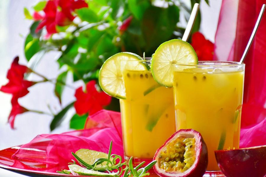 Pentru a slăbi: suc de portocale, lămâie și grapefruit