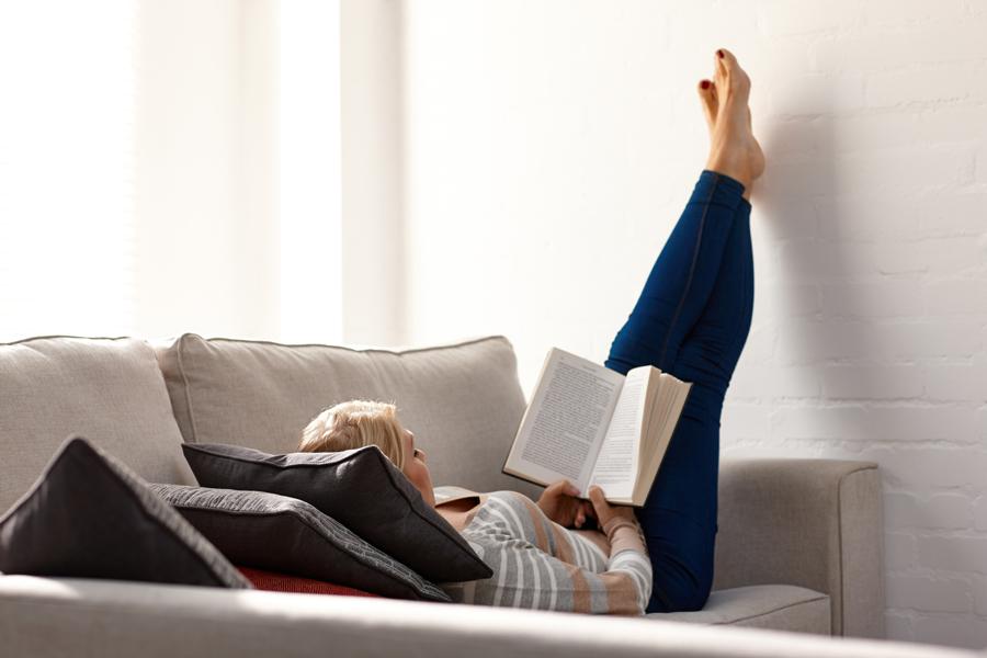 Ridicați picioarele pentru a preveni apariția varicelor