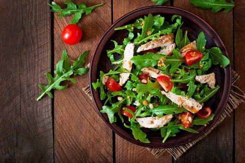 Salată de cicoare cu vinegret și turmeric